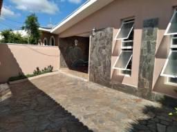 Casa para alugar com 3 dormitórios em Sumarezinho, Ribeirao preto cod:L126203