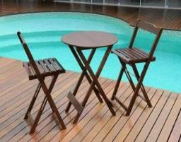 2 Cadeiras alta e 1 Mesa redonda cores preta e imbuia
