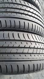 4 pneus 205/40/17 par semi novo par 90%borracha