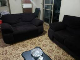 Vendo sofá de 3 e 2 lugares usado