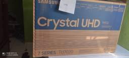 Vendo uma tv de 58 polegadas cristal muito rápido com nota fiscal