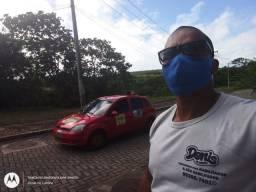 Instrutor paciente aula de carro
