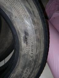 2 Pneus Dunlop recapado zero 215/75/17.5