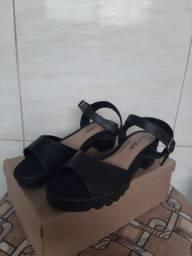 Sandália tratorada N°35/36