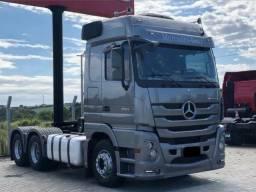 Caminhão Mercedes-Benz Actros Megaspace