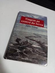 Viagem ao Centro da Terra - Julio Verne