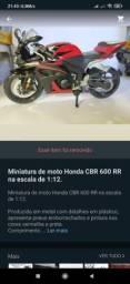 Miniatura Honda CBR 600RR Escala 1/12