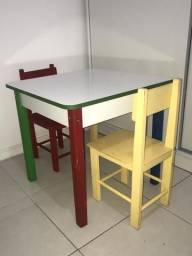 Mesa Infantil Madeira 2 Cadeiras