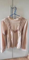 Camisa tecido com renda Murau