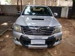 Toyota Hilux SRV 4X4 CD - 2013