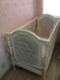 Berço / cama Provençal Luiz XV em madeira