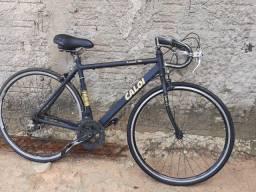 Vendo minha bicicleta.
