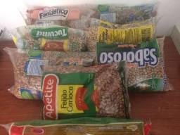 Vendo sete sacos de feijão e um mimo um pacote de macarrão