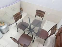 Mesa de cozinha semi nova comprar usado  Goiânia