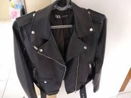 Lindo casaco de couro ecológico
