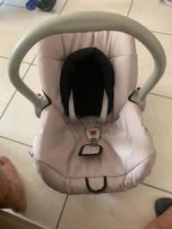 Bebê conforto, velotrol e andajá