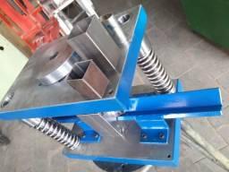 Ferramenta de cortar metalon