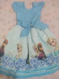 Vestido temático da Frozen