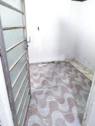 Casa pequena disponível para LOCAÇÃO em Jardim Alvorada por R$550,00
