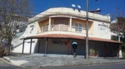 Casa com 3 dormitórios à venda, 476 m² por R$ 890.000,00 - Jardim Vitória - Poços de Calda
