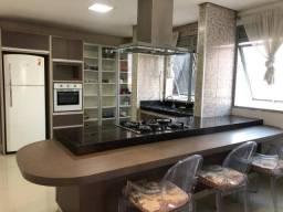 Apartamento Edifício Domus Aurea com 4 dormitórios para alugar, 261 m² por R$ 1.500/mês ma