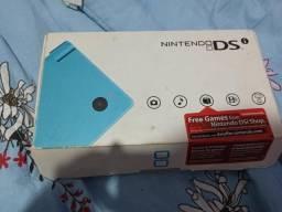 Nintendo dsi com r4 + cartão de 2gb comprar usado  Rio de Janeiro