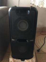 Caixa de som  PCX 5500 semi nova R$550,00