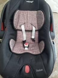 Bebê conforto bm conservado .cor preto