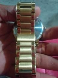 Relógio marca técnicos