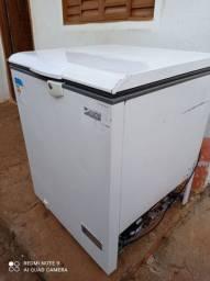Vendo carcaça de freezer