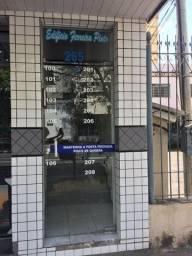 Sala Comercial bairro Aterrado