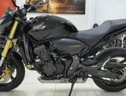 Hornet 600©