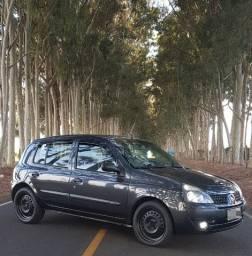 Renault Clio 1.6 16v Flex 2005