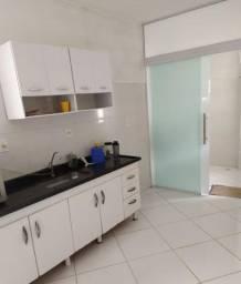 Apartamento 2 dormitórios,com escritura e no centro