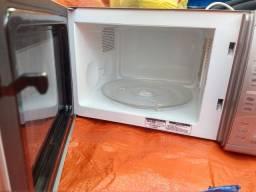 Micro ondas Brastemp clean