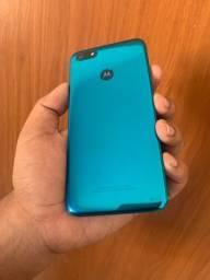Motorola Moto E6 Play,Aceito cartão !!
