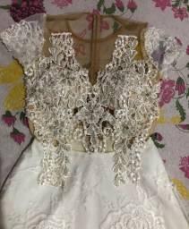 Vestido de noiva ou pra algum aniversário ou evento