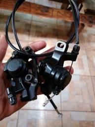 Pinças de freio a disco mecânico Shimano Acera m375