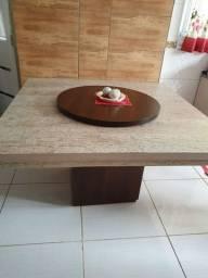 Mesa para 8 cadeiras com giratório