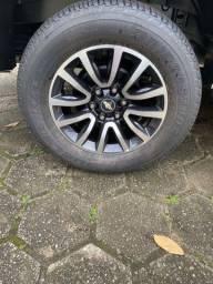 Pneus Bridgestone 265/60R18