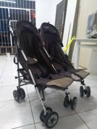 Carrinho de bebê para gêmeos Burigotto