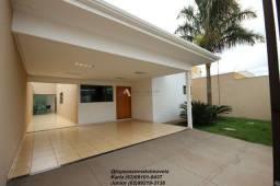 Casa no Vale do Sol com piscina,ótima localização!!