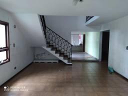 Casa de 5 dorm. (2 suítes) - amplo quintal e garagem - centro - Poá/SP