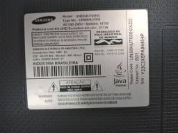 TV Samsung 50 polegada tela trincada 500reais