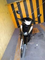 Vendo Moto Honda Biz 125 Flex