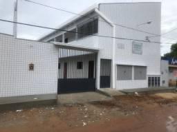 Alugo Kitnet no Bairro Planalto 1/4 R$ 390,00 incluso água e garagem coberta