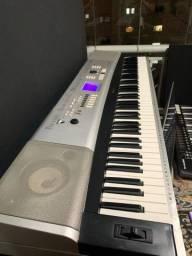 Piano Digital YAMAHA DG-X 530
