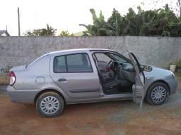 vendo Clio sedã
