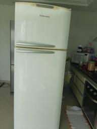 Geladeira / Refrigerador Electrolux Duplex - Branco