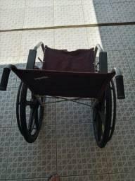 cadeira de rodas usada em otimo estado